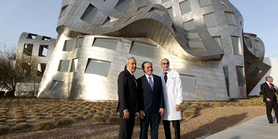 VA Secretary Shulkin visits Las Vegas center for brain health