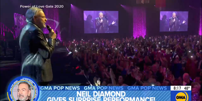 Good Morning America: Neil Diamond gives surprise performance